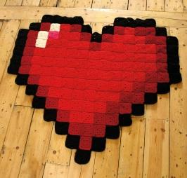 8-bit love blanket