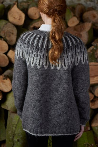 Owl Feathers cardigan
